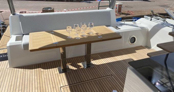 Location bateau Cogolin pas cher Prestige 630