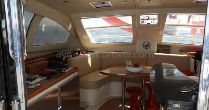 Catamaran à louer à Port-Saint-Louis-du-Rhône au meilleur prix