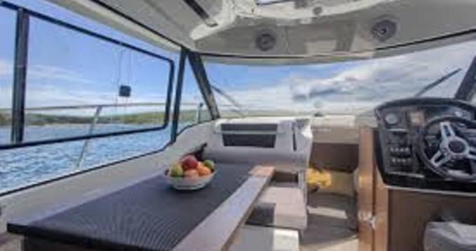 Location bateau Jeanneau Merry Fisher 795 à Crikvenica sur Samboat