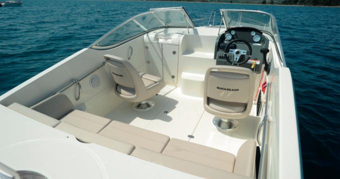 Louez un Quicksilver Activ 595 Cruiser à Fos-sur-Mer