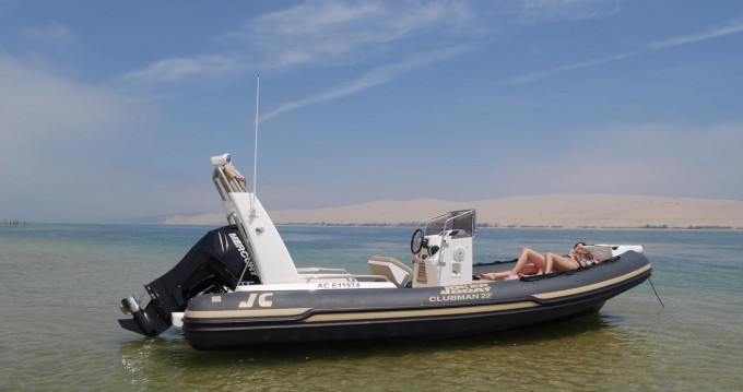 Louer Semi-rigide avec ou sans skipper Joker Boat à Port d'Arcachon