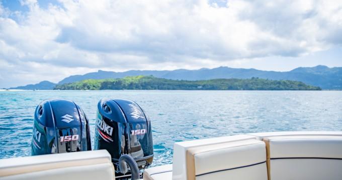 Sensation Open deck 2600 entre particuliers et professionnel à Eden Island