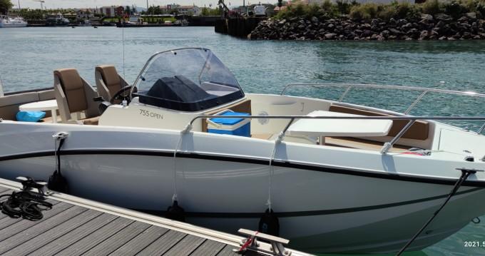 Location bateau Anglet pas cher Activ 755 Open