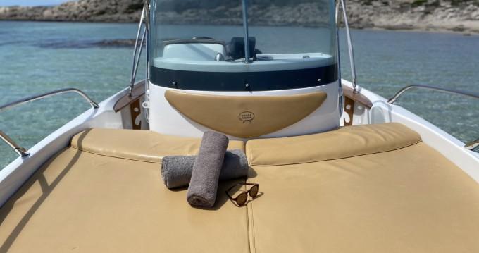 Sessa Marine Key Largo 20 entre particuliers et professionnel à Île d'Ibiza