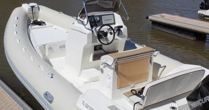 Location bateau Lomac Lomac 660 IN à Hyères sur Samboat