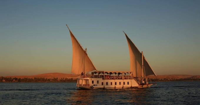 Smartboat Smartboat 23 entre particuliers et professionnel à Ţūd