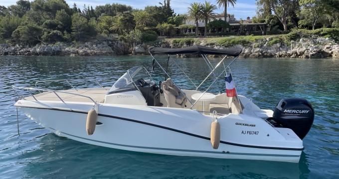Location yacht à Cannes - Quicksilver Activ 675 Sundeck Sport sur SamBoat