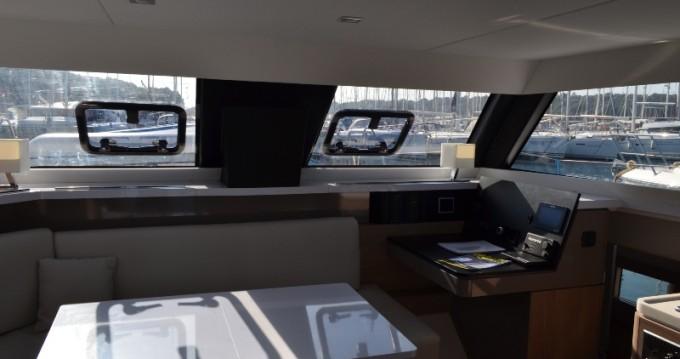 Catamaran à louer à Veruda au meilleur prix