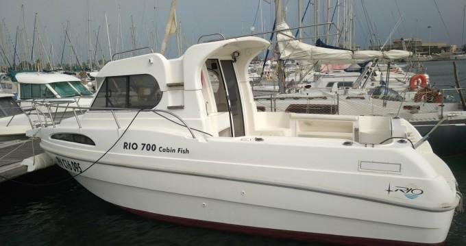Bateau à moteur à louer à Fos-sur-Mer au meilleur prix