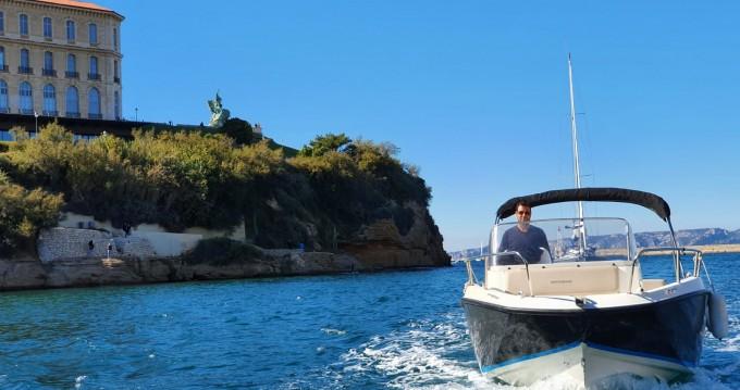 Location yacht à Marseille - Quicksilver Activ 675 Sundeck sur SamBoat