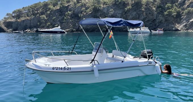 Location bateau Roses pas cher Astec Fiber 450