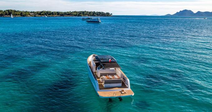 Location bateau Cannes pas cher Pardo 38