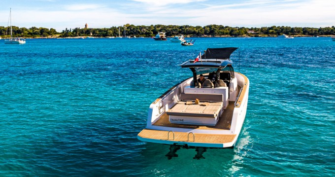 Location yacht à Cannes - Pardo Yachts Pardo 38 sur SamBoat