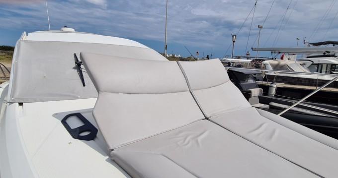 Location bateau Saint-Cyprien pas cher Flyer Gran Turismo 38