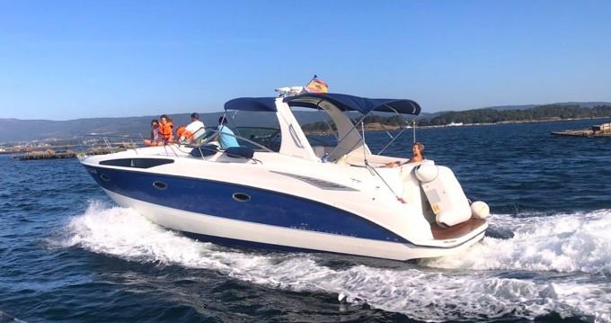 Bayliner Avanti 325 S entre particuliers et professionnel à Sanxenxo