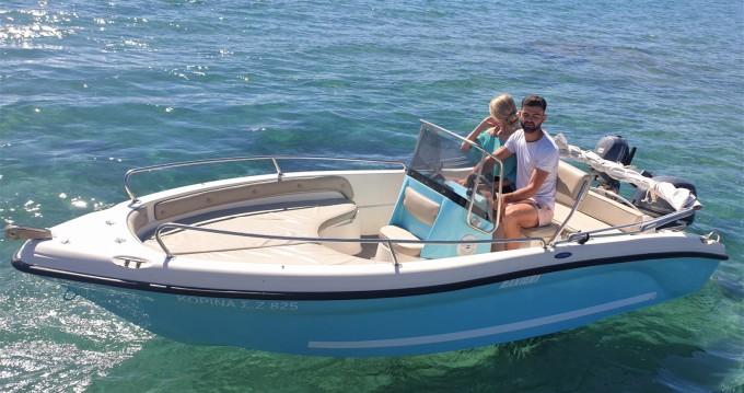 Bateau à moteur à louer à Zakynthos (Île) au meilleur prix