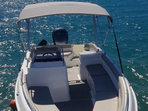 Location bateau Volos Marine GT 23 à Alikanás sur Samboat