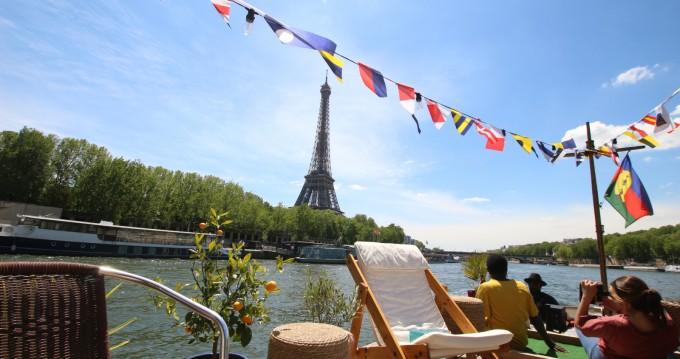 Louer Péniche avec ou sans skipper Peniche à Paris