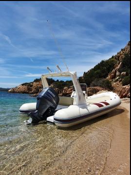Location bateau Mariner SPEED  à Cannigione sur Samboat