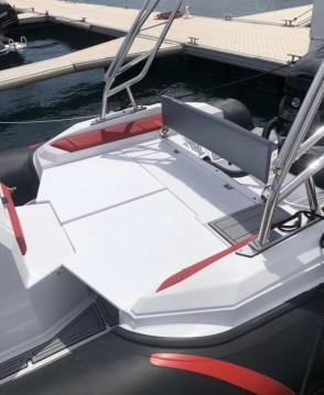 Location bateau Ranieri Cayman 26 Sport à Vieux-Port de Marseille sur Samboat