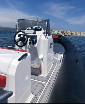 Louer Semi-rigide avec ou sans skipper Ranieri à Vieux-Port de Marseille