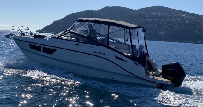 Location bateau Quicksilver Activ 805 Cruiser à Mandelieu-la-Napoule sur Samboat