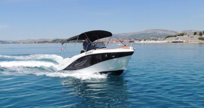 Barracuda 545 entre particuliers et professionnel à Podstrana