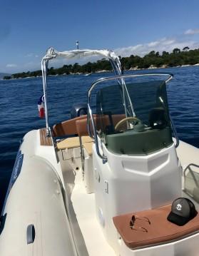 Location bateau Juan-les-Pins pas cher Tempest