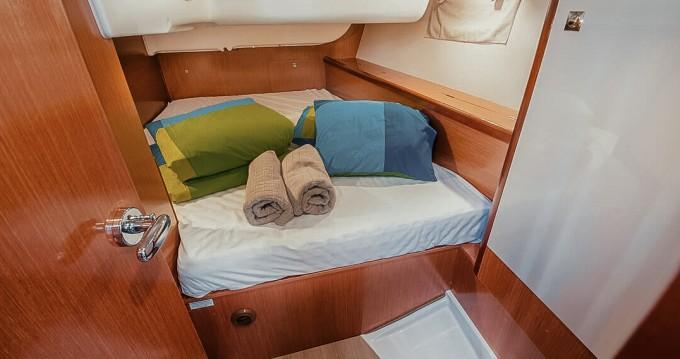 Location bateau Bénéteau Oceanis 40 à Sibenik sur Samboat