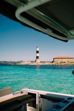 Louez un Jeanneau Cap Camarat 9.0 CC à Île d'Ibiza