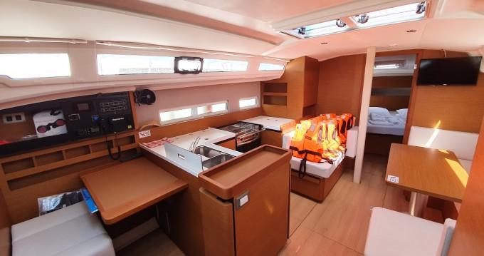 Location bateau Jeanneau Sun Odyssey 410 à Biograd na Moru sur Samboat