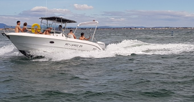 Sessa Marine Key Largo 25 entre particuliers et professionnel à Palavas-les-Flots