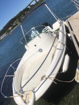 Louer Bateau à moteur avec ou sans skipper Jeanneau à Martigues