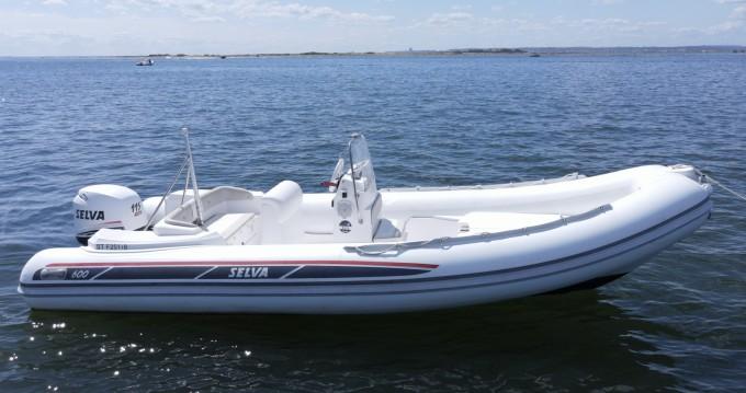 Location bateau Grand Piquey pas cher Selva 600