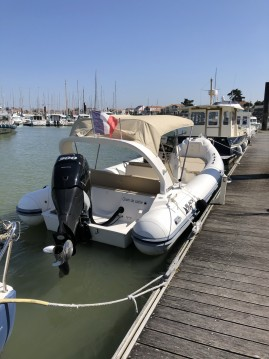 Location bateau Black Fin Blackfin 25 Elegance à Saint-Gilles-Croix-de-Vie sur Samboat
