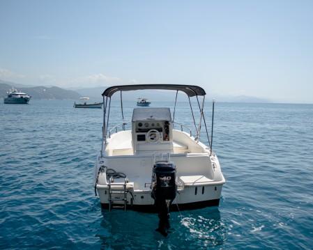 Louer Bateau à moteur avec ou sans skipper Barca open à Rapallo