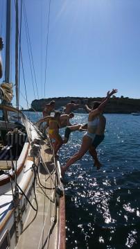 Louer Voilier avec ou sans skipper Olympic Adventure 47 à Albufeira