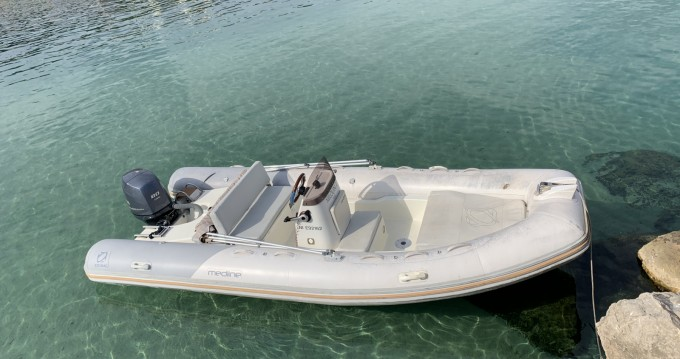 Location bateau Marseille pas cher Medline 540 Neo
