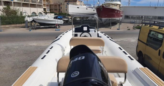 Location bateau Gruissan pas cher TIGER 650 Open