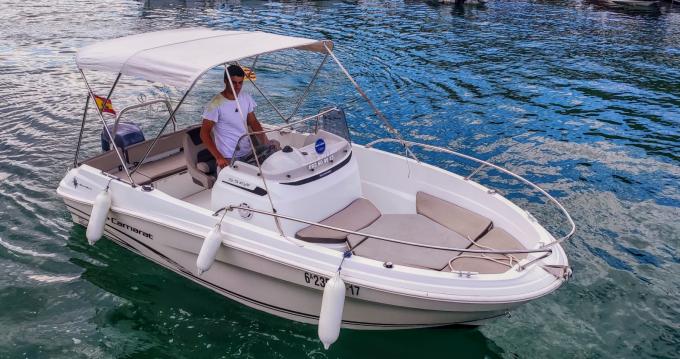 Louer Bateau à moteur avec ou sans skipper Jeanneau à l'Estartit