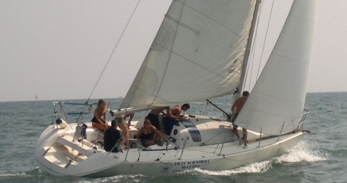 Jeanneau One Design 35 entre particuliers et professionnel à Sottomarina