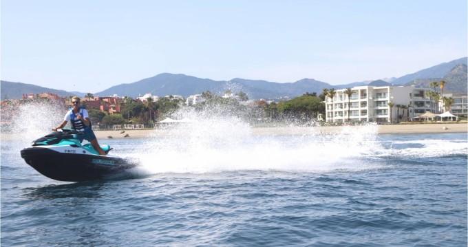 Location bateau Sea-Doo GTX 130 PRO à Puerto Deportivo Estepona sur Samboat