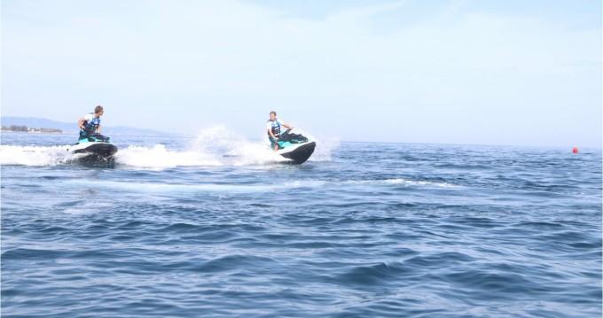 Sea-Doo GTX 130 PRO entre particuliers et professionnel à Puerto Deportivo Estepona