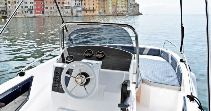Location bateau Rovinj pas cher Andromeda 635