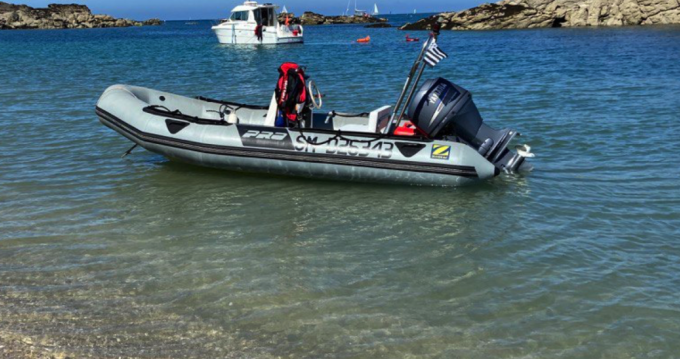Location bateau Zodiac Flotteur Pro 9 Man à Le Minihic-sur-Rance sur Samboat