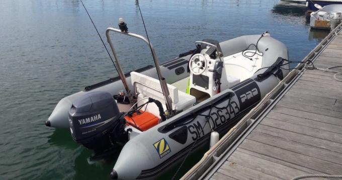 Zodiac Flotteur Pro 9 Man entre particuliers et professionnel à Le Minihic-sur-Rance
