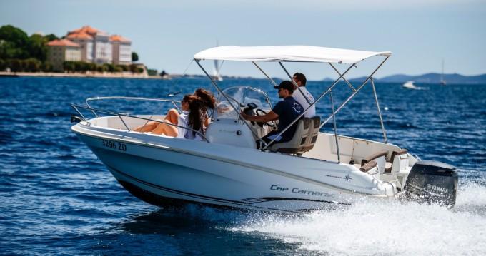 Louez un Jeanneau Cap Camarat 5.5 CC à Zadar