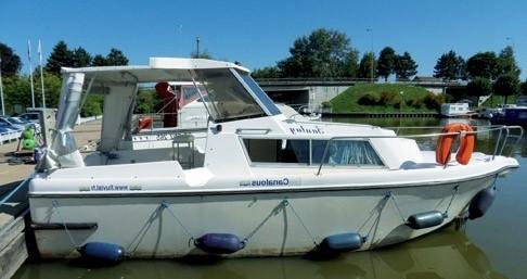 Location bateau Low Cost Fred 700 à Chenillé-Changé sur Samboat