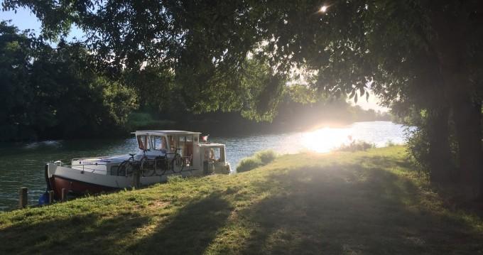 Location bateau Classic Penichette 935 W à Châteauneuf-sur-Sarthe sur Samboat