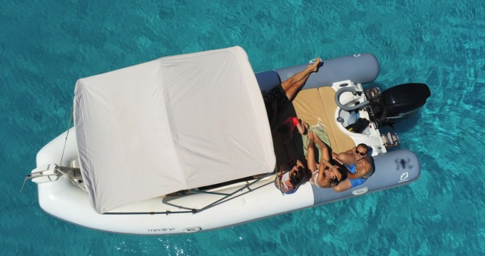 Location yacht à Bonifacio - Zodiac Medline sur SamBoat